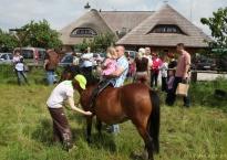 Plac przyłączony do Gościńca Oycowizna, przejażdżki konno, Kinder Party , ok. 150os.